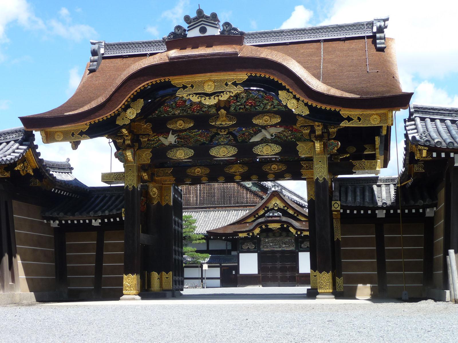 京都市元離宮二条城様 二之丸御殿唐門保存修理工事